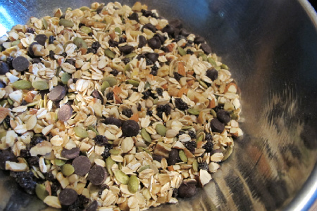 dry ingredients opt No Bake Chocolate Almond Bars
